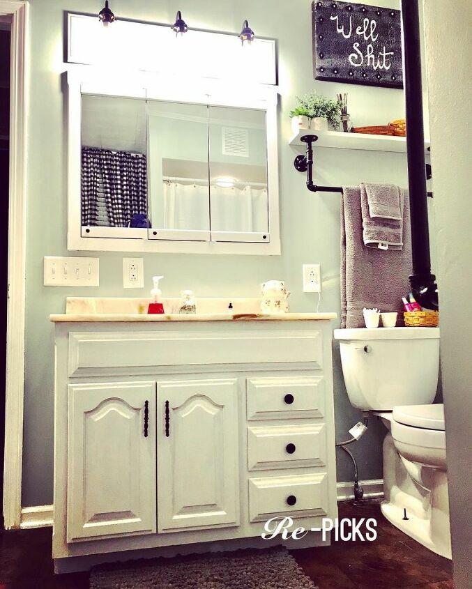 quick and easy bathroom vanity update