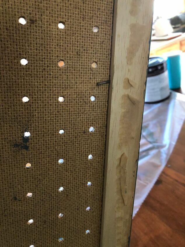 Securing peg board
