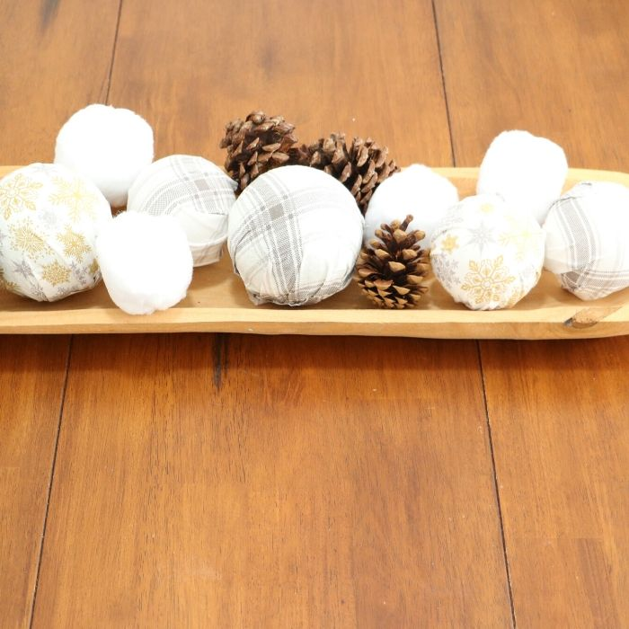 an easy way to make scarf covered spheres