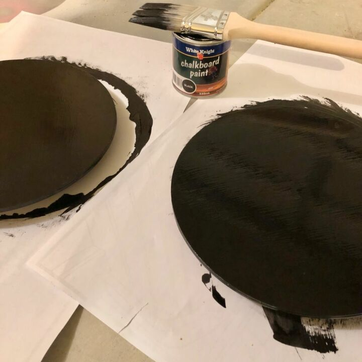 Painting the wheels.
