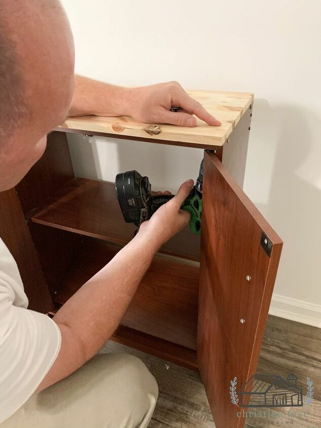Attaching Wood Top