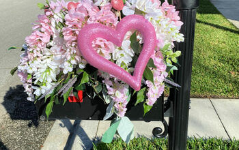Decorate Your Mailbox for Valentine's Day!