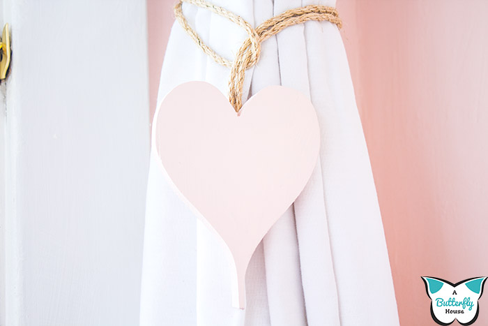 diy heart curtain ties