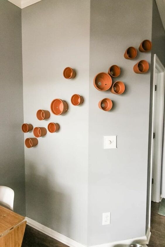 how to hang a terra cotta potted plant wall