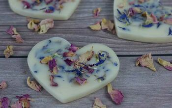 Wax Air Freshener With Essential Oils, Dried Flowers