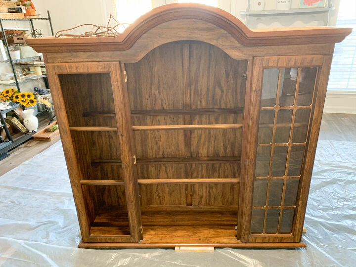 Hutch Top Before
