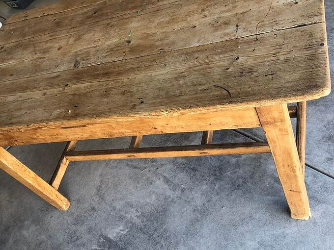 q how do i know if this table is worth anything or just an old table