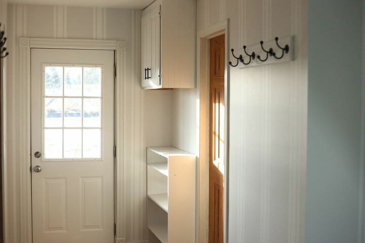 mudroom makeover from trashed to treasured