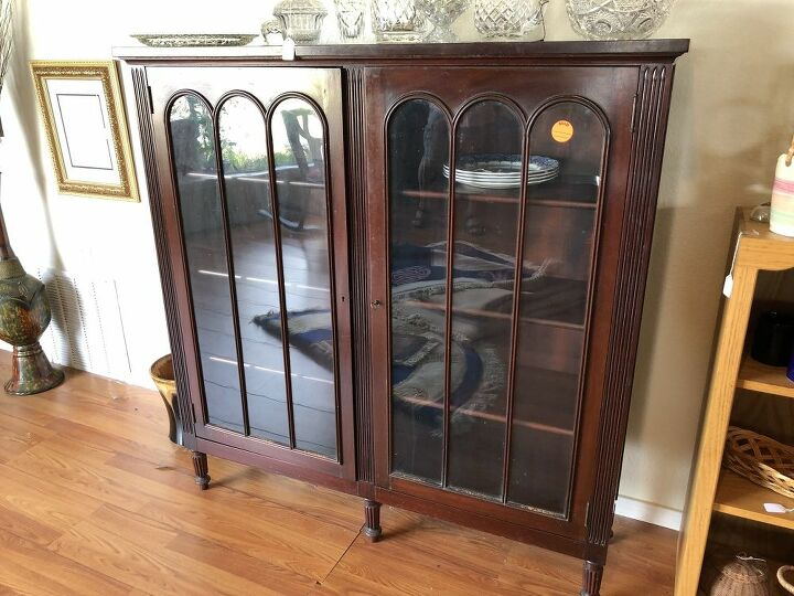 q help identify this piece of furniture