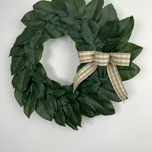 Magnolia showcase wreath