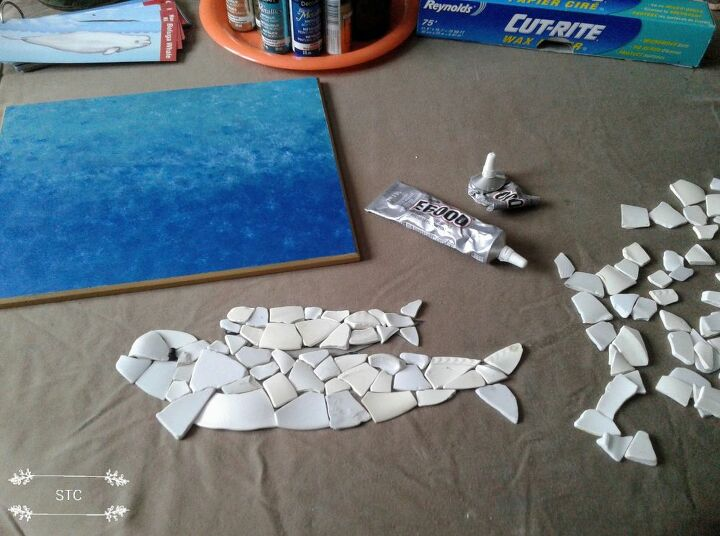 Whale Mosaic Outlined