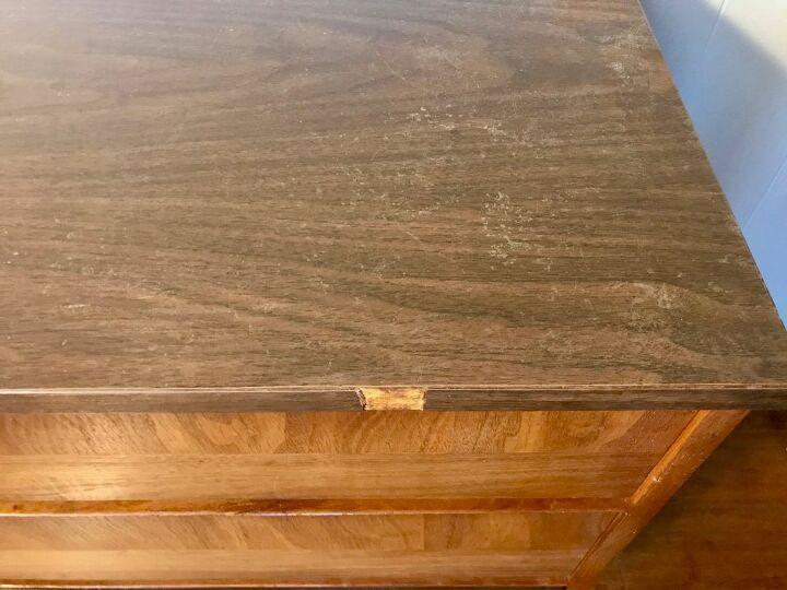 q how do i strip varnish on top of formica