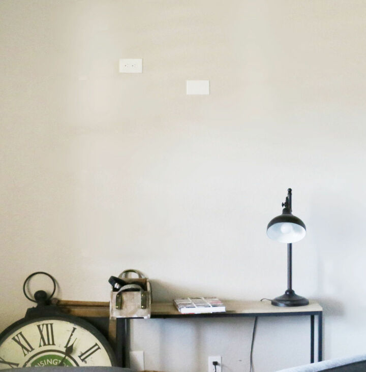 how to create a feature wall with a box of reclaimed wood