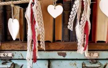 Quick, Easy & Cheap Valentine Garland!
