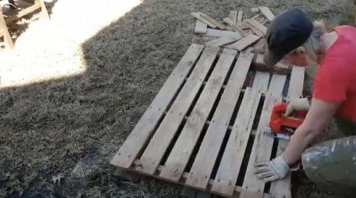 Cut Pallets for Garden Bed