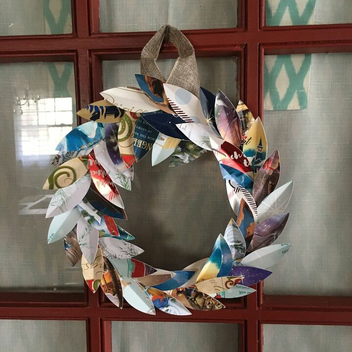 paper magnolia leaf wreath