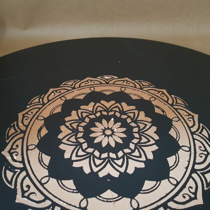 table makeover using bronze leaf