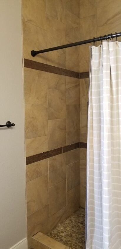 q help in this taupey brown bathroom
