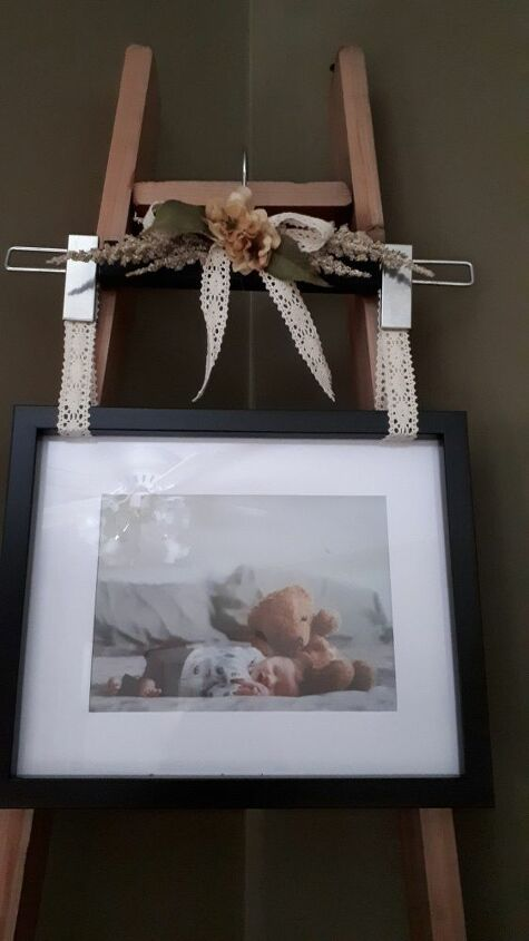 how to make a hanging photo frame