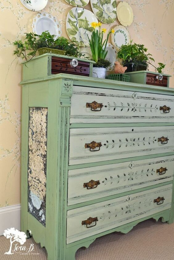 dresser makeover in vintage green paint