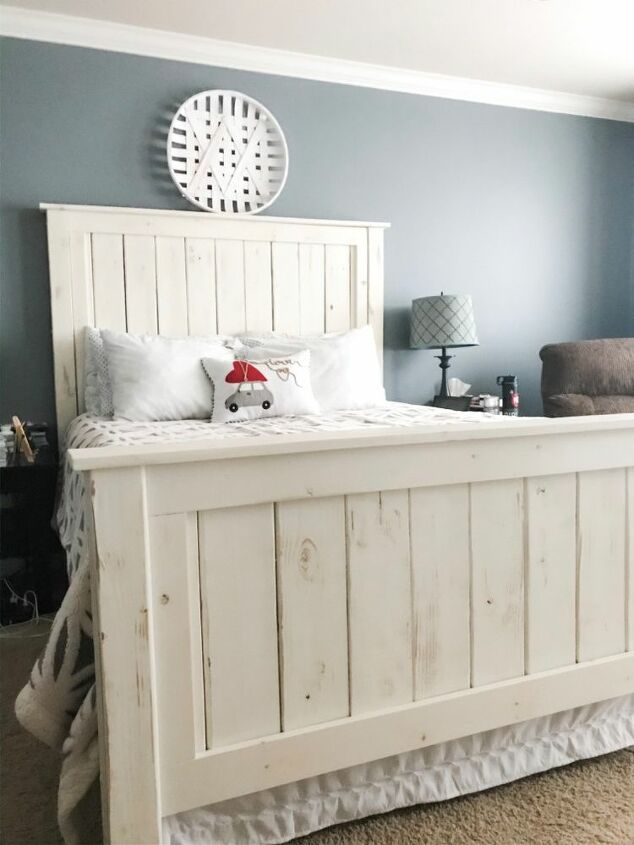 How To Build A Farmhouse Queen Bed Frame Diy Hometalk