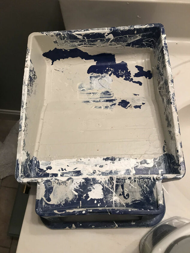sponge painting a wall