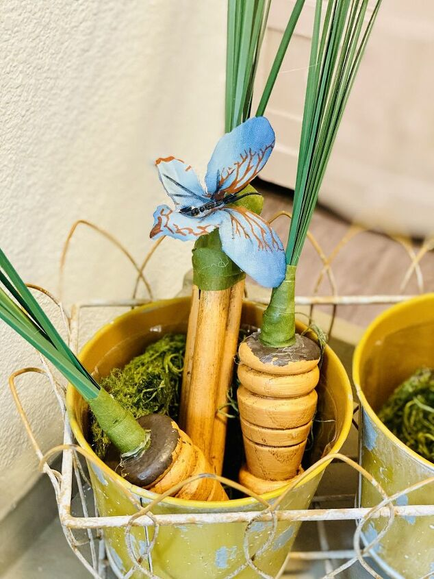 spring decor spindle carrots