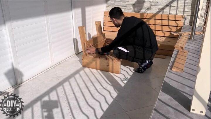 Build Chair