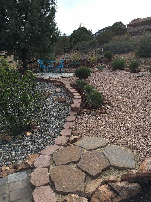 Added cobblestone rocks