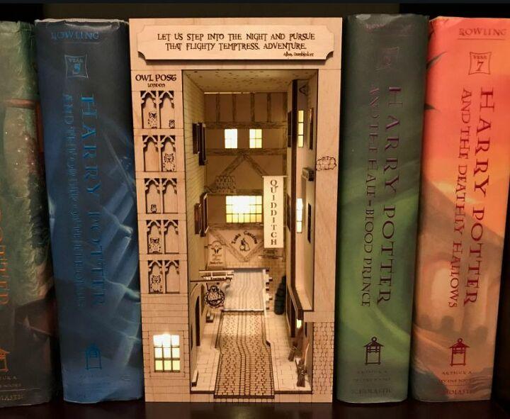 q how can i make a bookshelf diorama insert