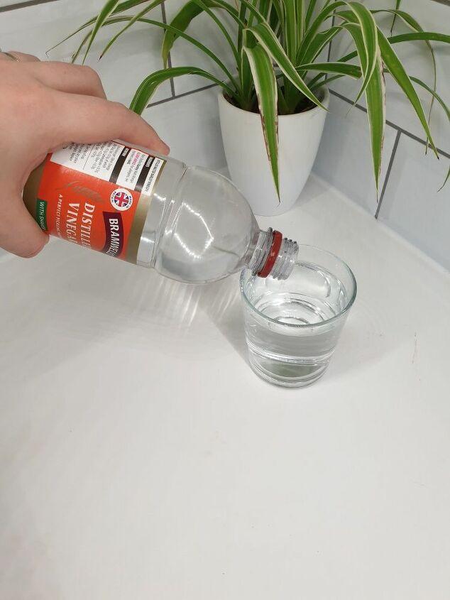 eco homemade glass window cleaner