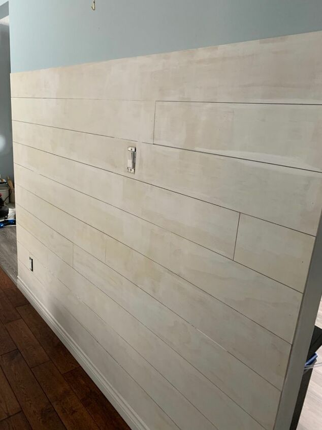 diy shiplap feature wall