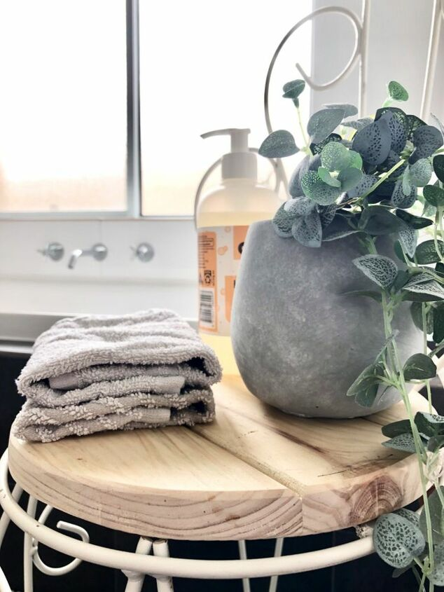 upcycle a chair to a bathroom stool spring2020refresh