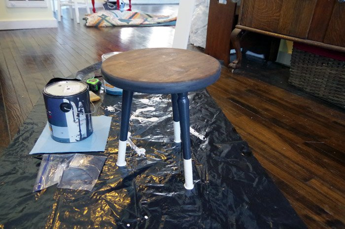 three legged stool makeover paint and stain combo with dipped legs