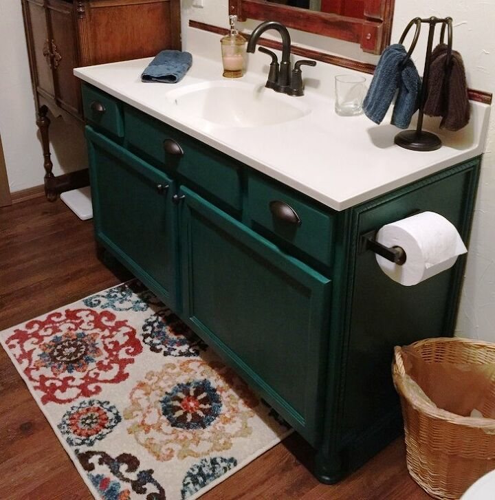 i used chalk paint on the vanity in the downstairs bath