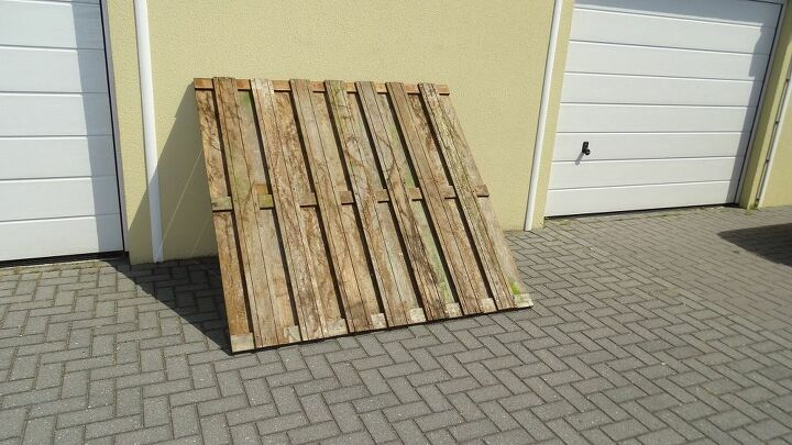 did you ever think to create furnitures with your old fences