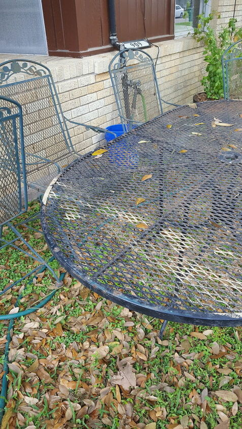 q what is the best way to refinish a metal patio set