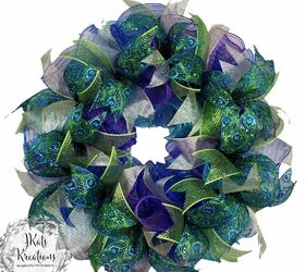 How To Make A Deco Mesh Ruffle Wreath Tutorial Mesh Wreath With Ribbon Diy Hometalk
