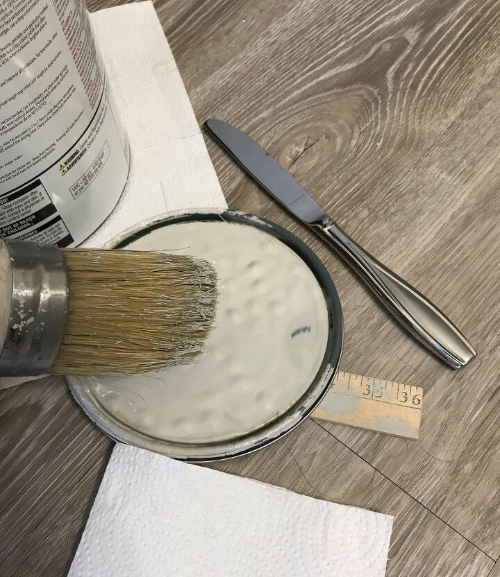 straightforward guide to stenciling a wall without bleeding