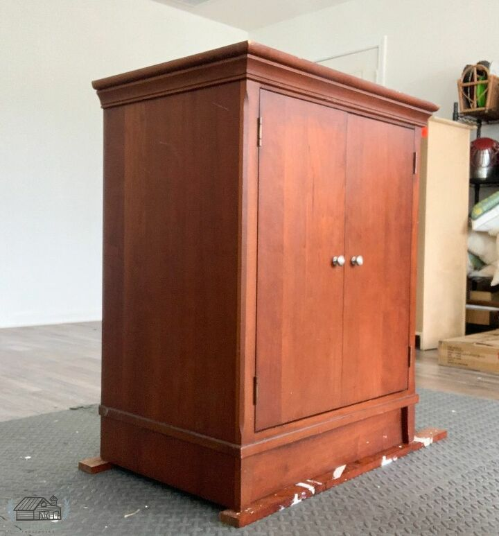 accent cabinet makeover, Accent Cabinet Before