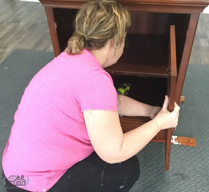 Removing Doors and Knobs