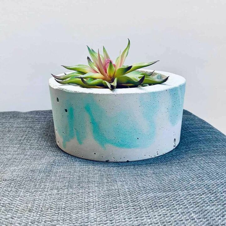 diy marbled concrete planter