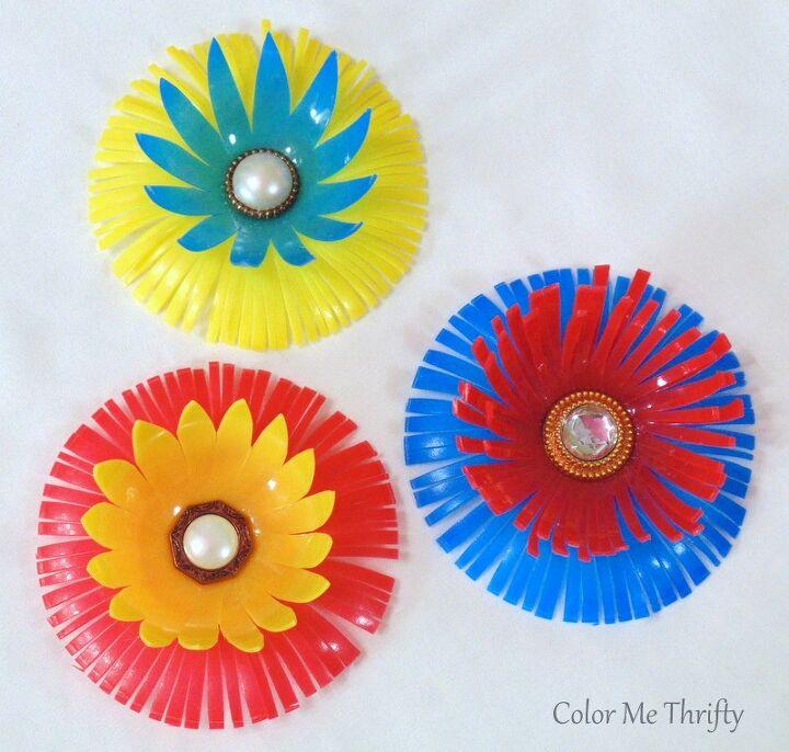 fun flowers from repurposed plastic balls