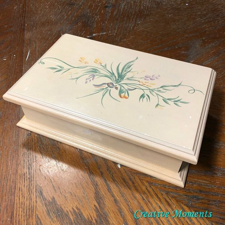 jewelry box makeover using iod moulds and embossing paste