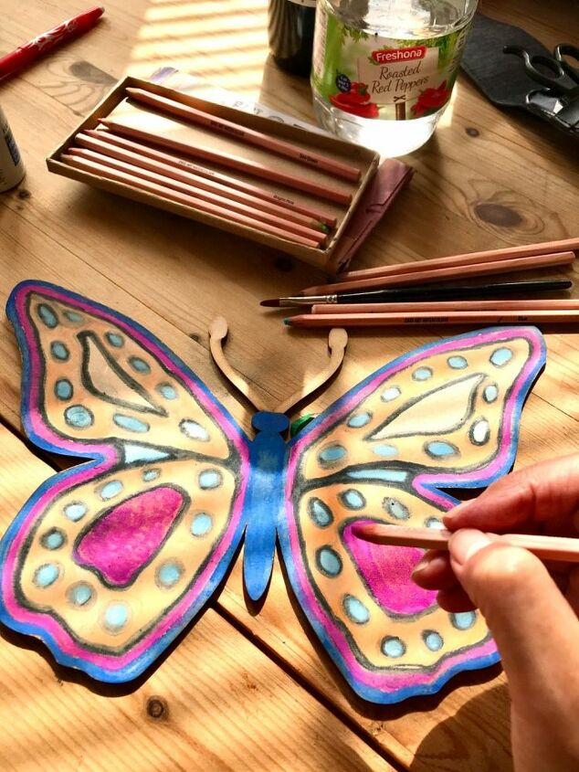 Colour the butterfly