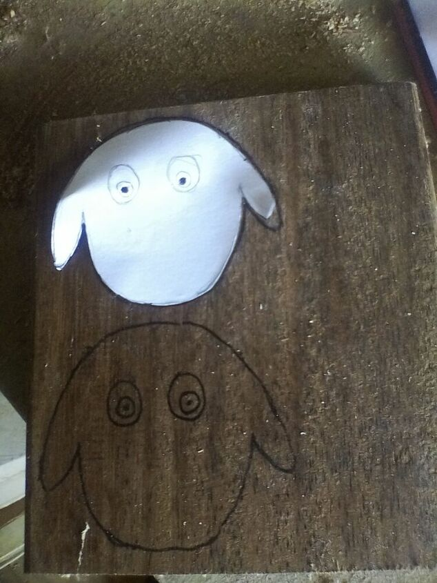 sheep toilet paper holder inspired by boredom during the lockdown