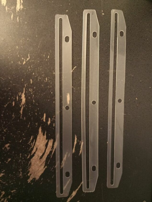 punch plastic hole edge strip 3
