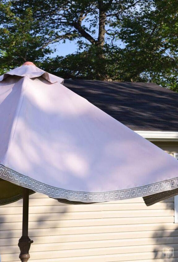 painting the patio umbrella
