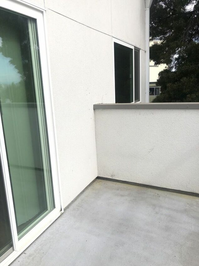 q how to furnish this patio