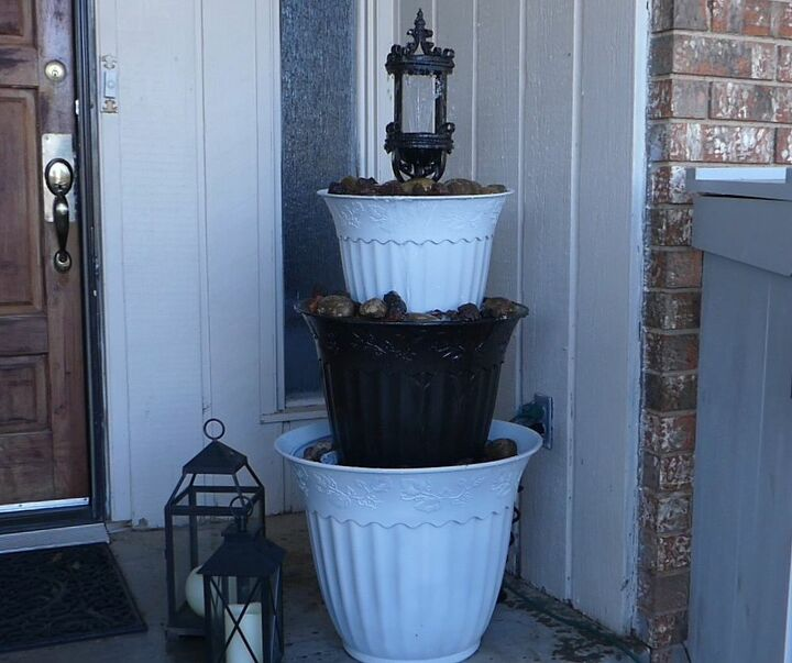customizable three tiered fountain